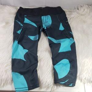 Lululemon athletica cropped leggings size 4